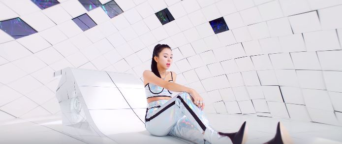 Twice Feel Special outfits - Chaeyoung in silver metallic pants and crop top