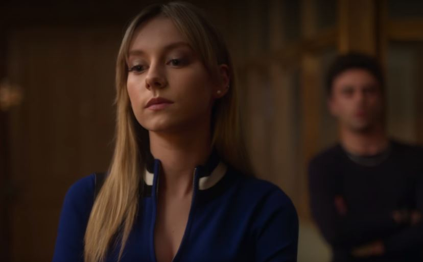 Carla from Elite in earrings