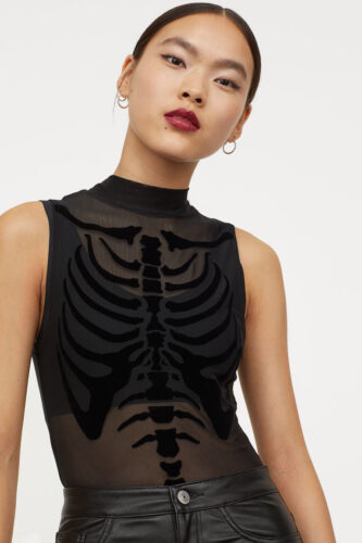 Skeleton top
