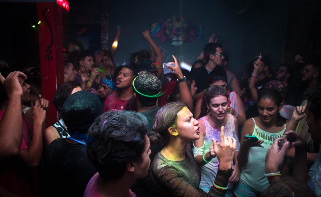 College birthday guide - Stock photo of a crowded party
