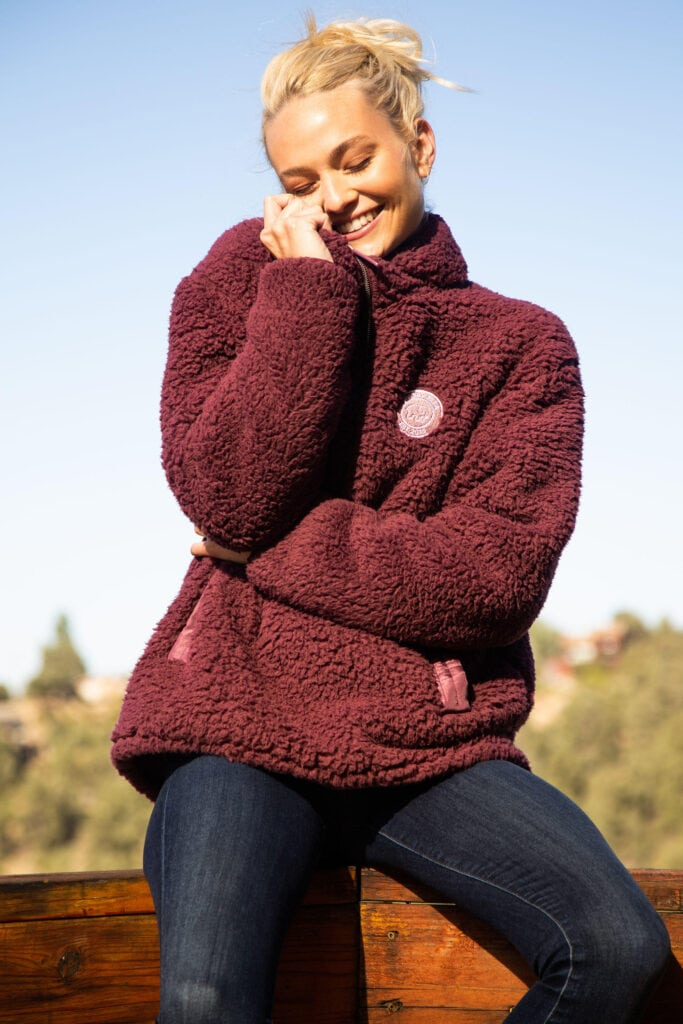 Cozy Christmas gifts for her - Sherpa jacket from Ivory Ella