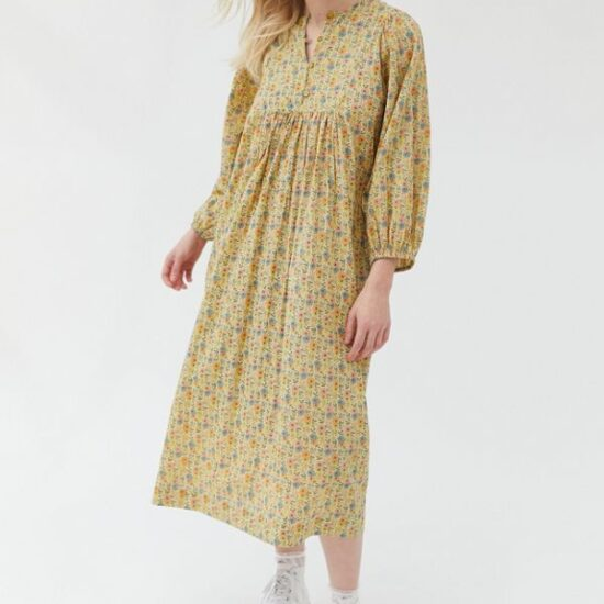 How to Wear Boho Prairie Dresses When It's Cold Out | Image