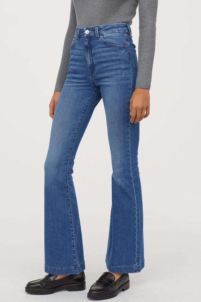 2020 denim trends - Flared jeans from H&M