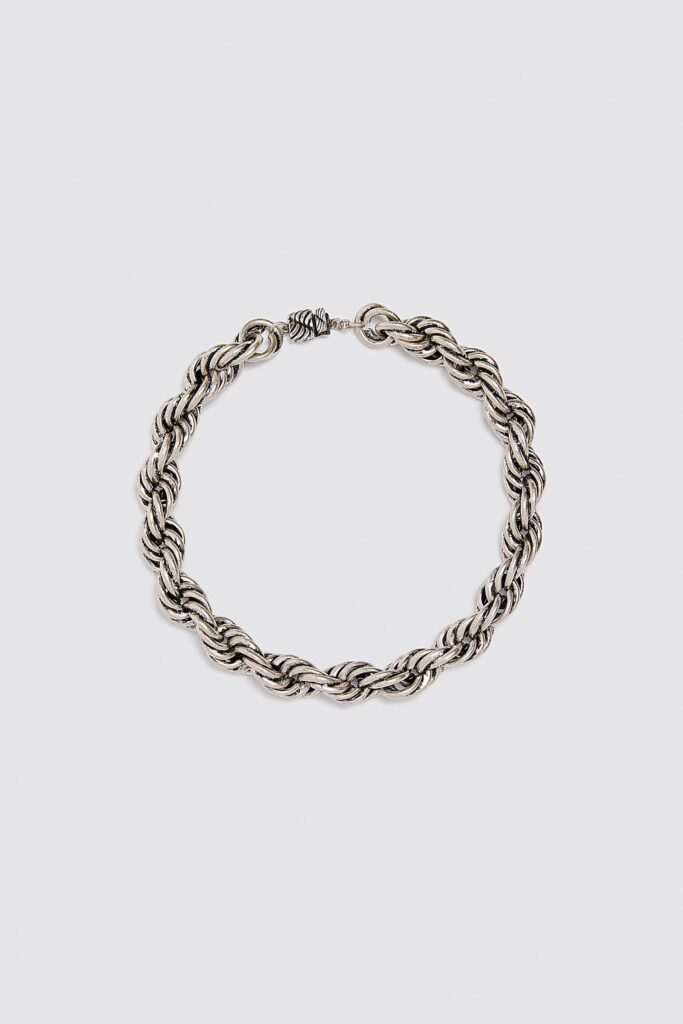 Interwoven chain necklace from Zara