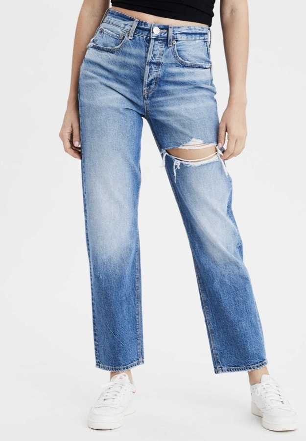 Product photo of light wash jeans from American Eagle