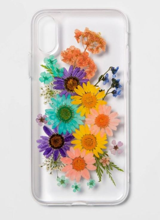 Dried flower design phone case.
