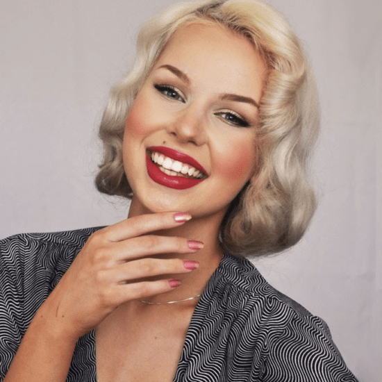 Pin up makeup screenshot from Youtube tutorial