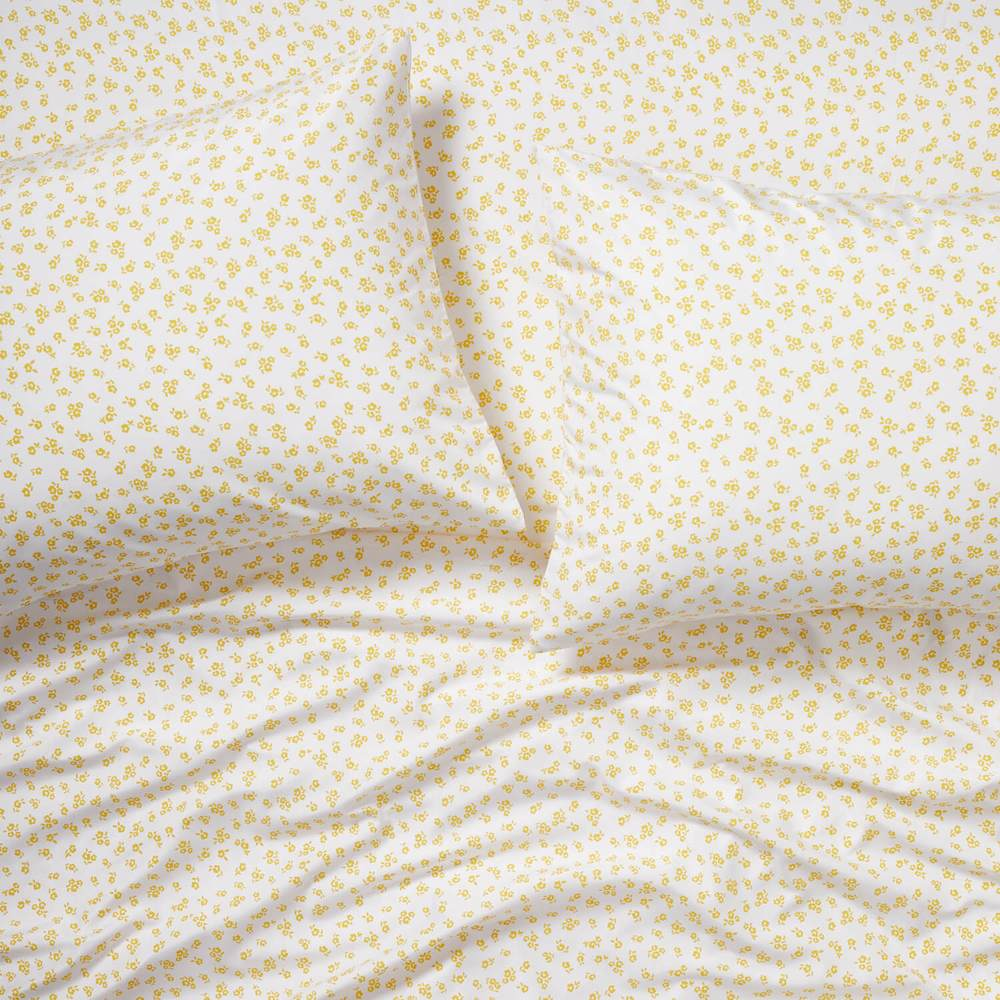 Floral microfiber sheets from Dormify in pastel yellow