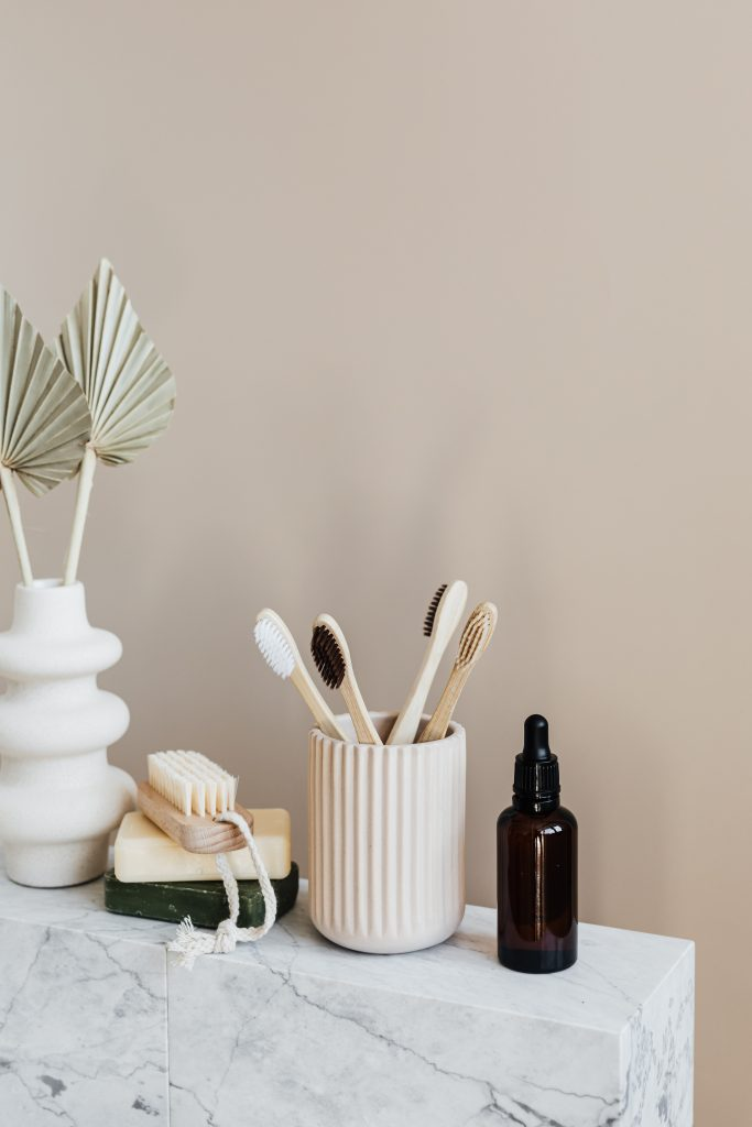Sustainability tips everyone needs to know | Photo of beauty products by Karolina Grabowska from Pexels