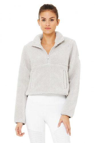 Earth tone fashion guide: Sherpa half zip from Alo Yoga