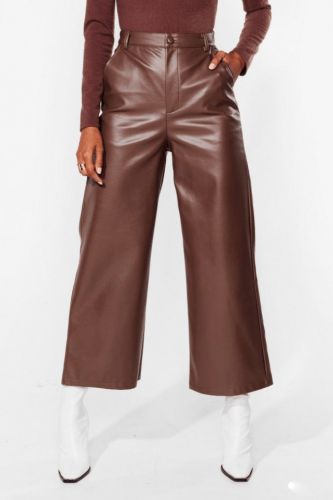 Fall 2020 trends: Faux leather cropped pants in chocolate brown