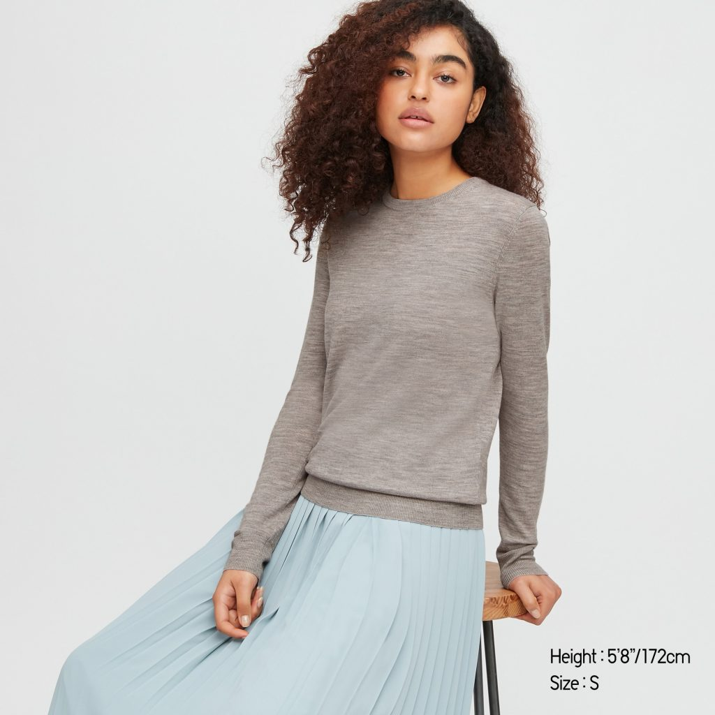 Gray merino wool crew neck sweater from Uniqlo