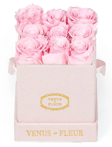Valentines day gifts for girlfriend: Venus et fleur preserved roses