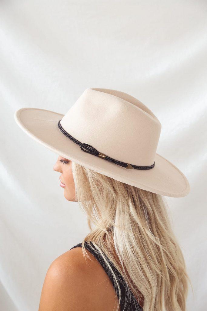 Lulus beige fedora for boho style
