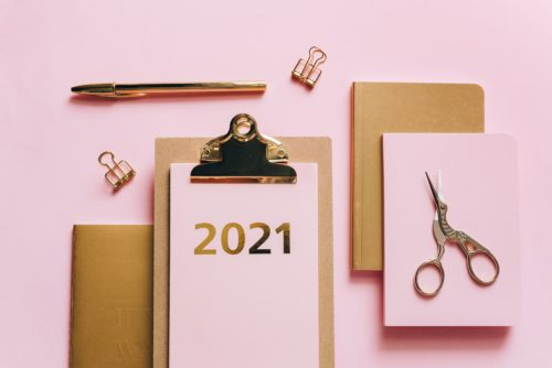 2021 clipboard and notebooks, by Olya Kobruseva from Pexels