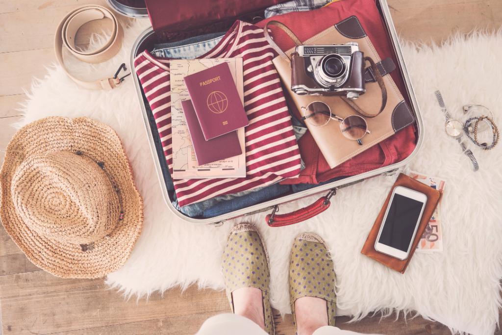 Packing light - travel capsule wardrobe