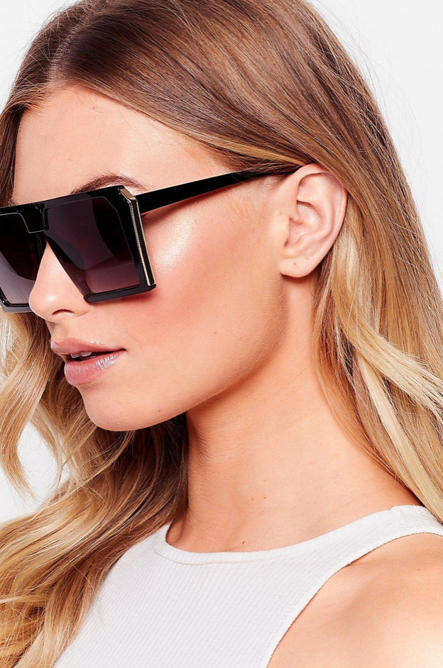 Squared sunglasses from Nasty Gal