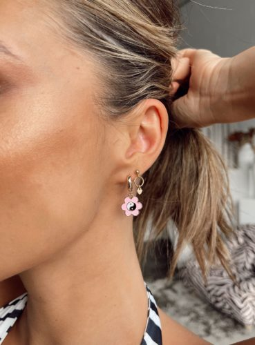 Dangling earrings from princess polly