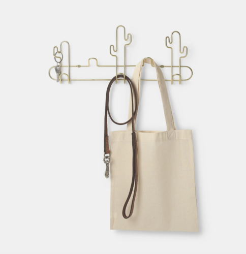 Gold wire cactus towel hanger from Dormify