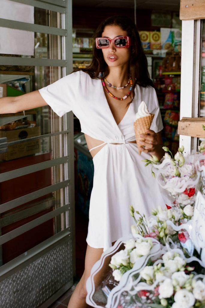 How to wear the cut out fashion trend: Zara cutout sun dress