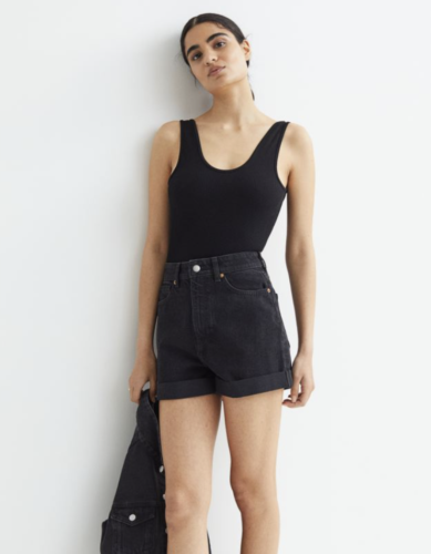 Dark grey loose fit cheap jean shorts from H&M