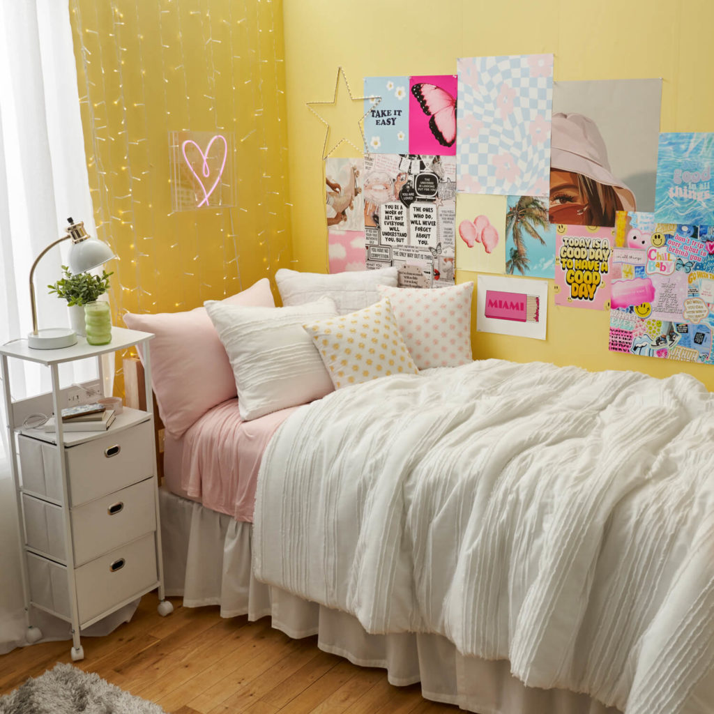 Dormify Good for You room for 2021 - yellow walls, string lights, posters, nightstand