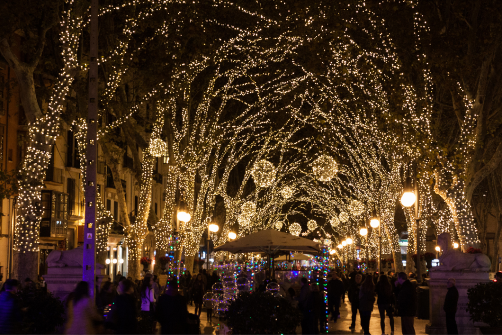Holiday street decorations