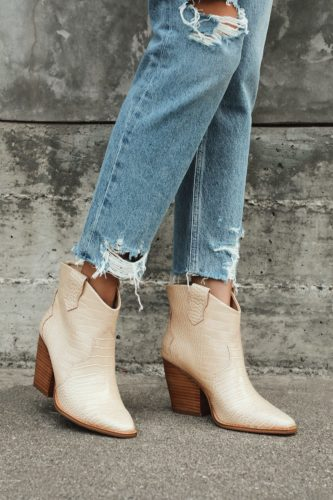 Fall fashion trends: Cowboy Boots